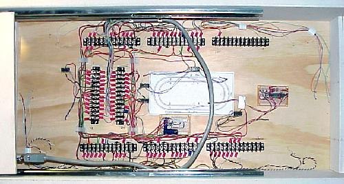 test track electronics rh coffeetabletrains com Flasher Wiring Diagram 5 Pin Flasher Wiring Diagrams Model 127